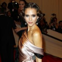 Jessica Alba vs. Eva Longoria: Who looks better?