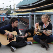 Lee DeWyze and Crystal Bowersox