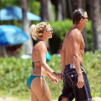 Britney-and-jason-stroll