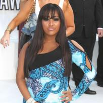 Who looked better at the VMAs, Snooki or Sammi?