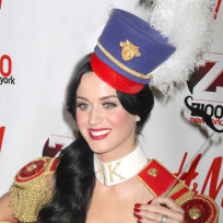 Katy-at-the-jingle-ball