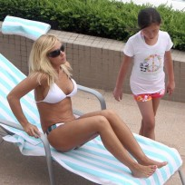 Hot Kate Gosselin Bikini Pic