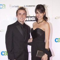 Frankie muniz girlfriend