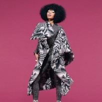 Nicki-minaj-pose