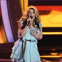 Lauren Alaina on Stage