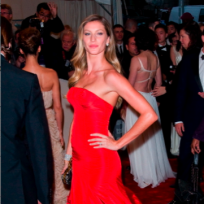Gisele-at-the-met