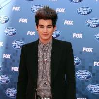Adam-lambert-at-the-finale