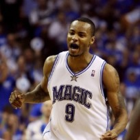 Did Rashard Lewis have an affair with LeBron James' girlfriend?