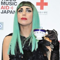 Gaga to a Tea