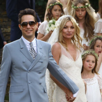 Jamie-hince-and-kate-moss-wedding-photo