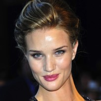 Rosie huntington whiteley movie premiere pic