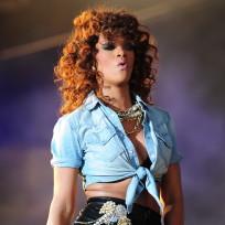 Rihanna Live in Concert