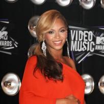 Beyonce-baby-bump