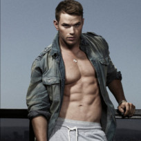 Who would you rather: Kellan Lutz or Taylor Lautner?