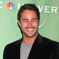 Taylor Kinney Picture