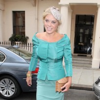 Who would you rather sleep with: Kate Middleton or Chelsy Davy?