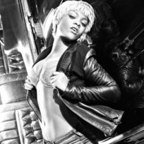 Blonde Rihanna Picture