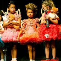 Toddlers and tiaras pic