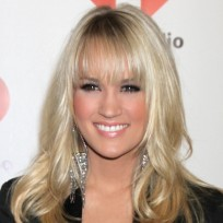 Do you prefer Carrie Underwood with bangs?