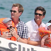 Neil patrick harris david burtka twins
