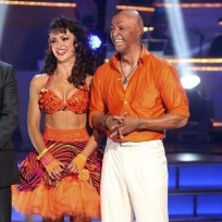 Jr-martinez-and-karina-smirnoff-pic