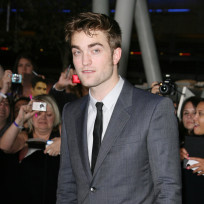 Robert Pattinson at Breaking Dawn Premiere