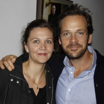 Maggie-gyllenhaal-and-peter-sarsgaard