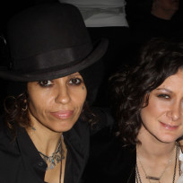 Linda perry and sara gilbert