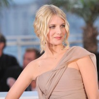 Melanie laurent picture