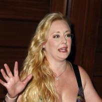 Mindy mccready cleavage