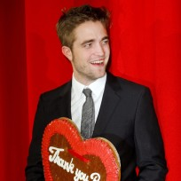 We Love Robert Pattinson