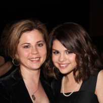 Selena Gomez, Mother