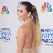 Pretty Miley Cyrus Photo