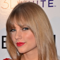 Taylor Swift in Red