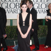 Rooney mara red carpet pic