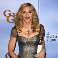 Madonna, Cleavage