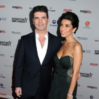 Mezhgan-hussainy-and-simon-cowell-photo