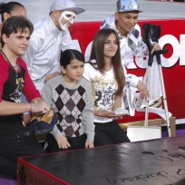 Michael jackson kids at handprint ceremony