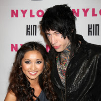 Trace-cyrus-and-brenda-song-photo