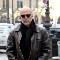 Bruce-willis-on-the-street