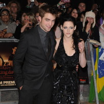 Which celebrity couple do you like more, Rob and Kristen or Justin and Jessica?