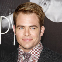 Chris-pine-red-carpet-pic