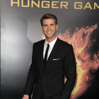 Liam-hemsworth-at-hunger-games-premiere