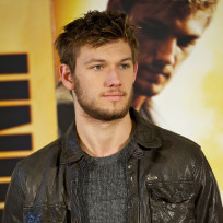 Alex pettyfer movie premiere pic