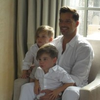 Ricky-martin-and-his-sons