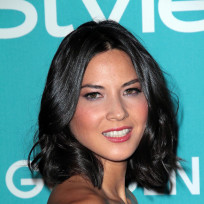 Who would you rather: Olivia Munn or Bethenny Frankel?