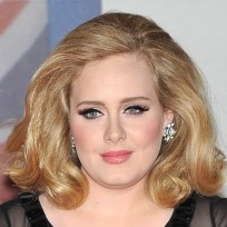 Adele-nose-job-photo