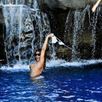 A Rihanna Topless Pic
