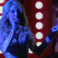 Gretchen Rossi Sings