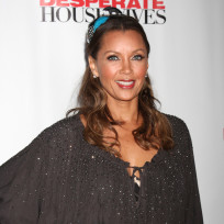 Vanessa-williams-on-the-red-carpet
